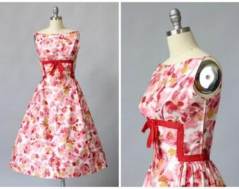 SALE 1950s Day Dress / Rose Print 50s Dress