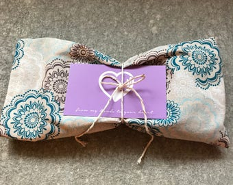 Lavender Eye Pillow. Relaxation. Meditation. Yoga. Self Care. Hot and Cold Compress.