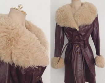 1970's Brown Leather Belted Jacket w/ Shearling Trim Vintage Coat Size Medium by Maeberry Vintage