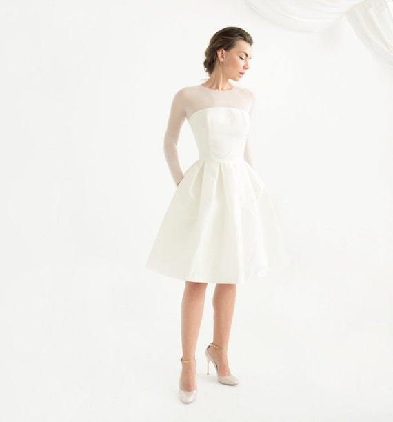 Off-white silk taffeta short wedding dress with sleeves //