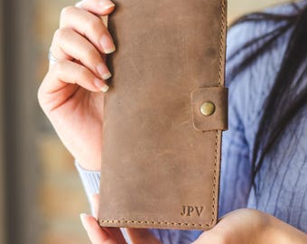 Distressed Leather Checkbook Cover, Personalized Leather Checkbook Wallet, Checkbook Case, Personalized Gift - Clark | Sand Brown
