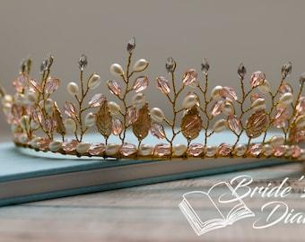 Wedding hair jewelry, bridal hair crown, golden leaves, bridal crown pink pearls