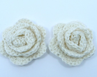 Crochet applique, crochet flowers, 2 small crochet roses, cardmaking, scrapbooking, appliques, handmade, sew on patches. embellishments