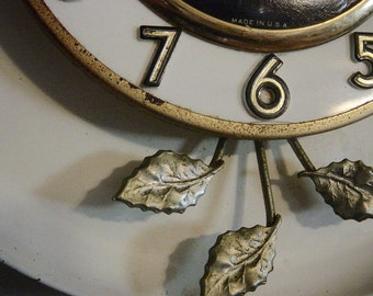Vintage 1950's Electric Wall Clock Kitchen Clock Kitschy Retro Kitchen United Clock Co.