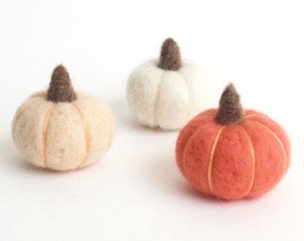 Felt pumpkins, miniature needle felted pumpkin v3 (set of 3) - peach, white, coral pink, fall decoration