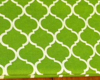 Quatrefoil fabric in green