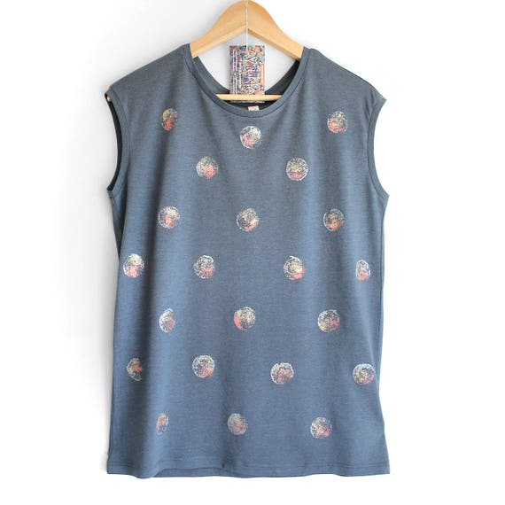 S M L MOONSHINE. Ladies sleeveless top with shiny hand printed dots in pewter, rose gold and gold. Organic clothing.