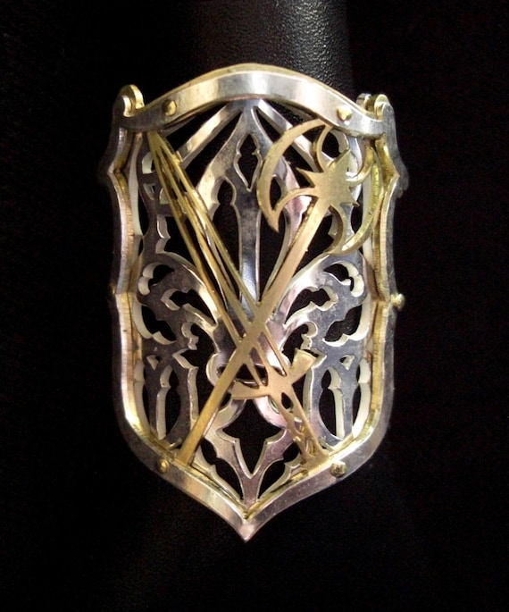 family medium jewelry arms heraldic shield of coat ring rings crest