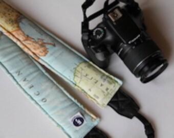 World map Cross-body Long Camera Strap Reversible -  Canon Nikon