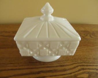 Westmoreland Covered Dish - Candy Dish