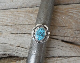 ON SALE Turquoise ring handmade in sterling silver 925 with Kingman spiderweb turquoise