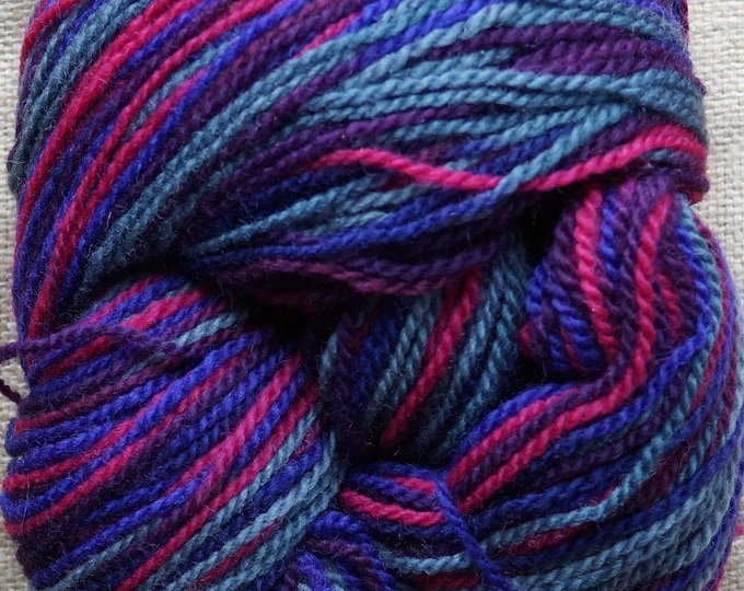 worsted weight yarn: Multicolor pink-purple-gray worsted wool yarn 594 yds