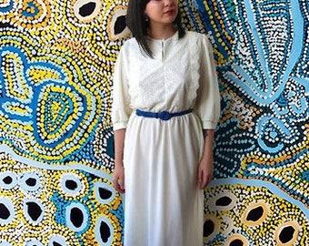 Vintage 1980's Off-White Three Quarter Sleeve Dress