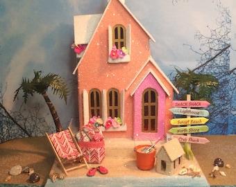 Beach Putz House Coral/Pink