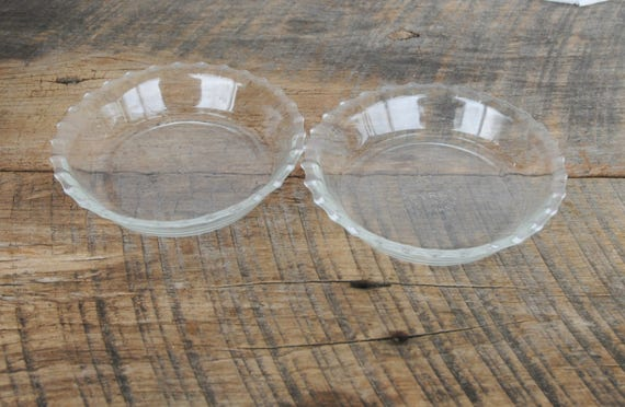 Vintage Pyrex 6 Inch Fluted Edge Glass Pie Plates Set of 2 from 12108VintageLane on Etsy Studio & Vintage Pyrex 6 Inch Fluted Edge Glass Pie Plates Set of 2 from ...