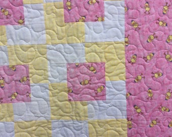 Handmade Baby Pink Girl Quilt.Duck Quilt.Home Decor.Animal Quilt.Play Mat.Easter Gift.Baby Shower.Nursery.Yellow Quilt.Patchwork quilt.