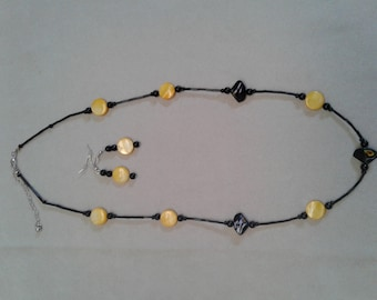Yellow shell Pearl Necklace