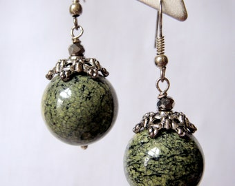 Green Serpentine earrings for women
