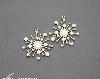 0105  - Pendant Connector, Matte Gold, Dandelion Snow Flake Pendant, 2 Pieces