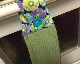 Hanging Dish Towel with Fabric Topper, Hanging Kitchen Towel, Floral Spring Hanging Towel, Hanging Towel, Kitchen Towel in Floral Themed