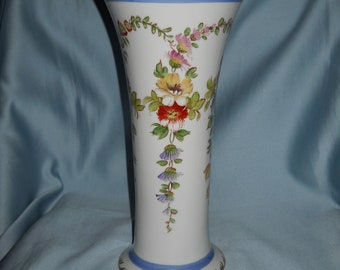 Old French Porcelain Vase ! Hand painted !