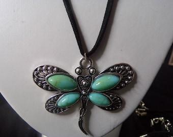 Large blue/green dragonfly choker