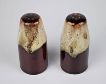 Brown Earthenware Salt & Pepper Shakers, Drip Glaze Salt and Pepper Shakers, 1970's Ceramic Shakers, Pottery Salt and Pepper Shakers