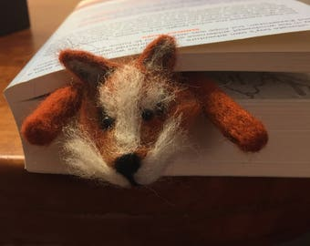 Squashed fox bookmark