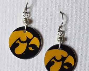 Iowa Hawkeyes earrings, Iowa Hawkeyes jewelry, Hawkeyes, school spirit jewelry