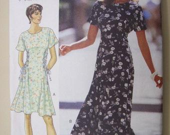 Butterick 3841, Butterick Fast & Easy, Ladies Dress