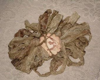 Scrunched Seam Binding ribbon, 10 Yards Tea Stained Seam Binding,  Crinkled Tea Stained Antiqued Linen Seam Scrunched Seam Binding ribbon
