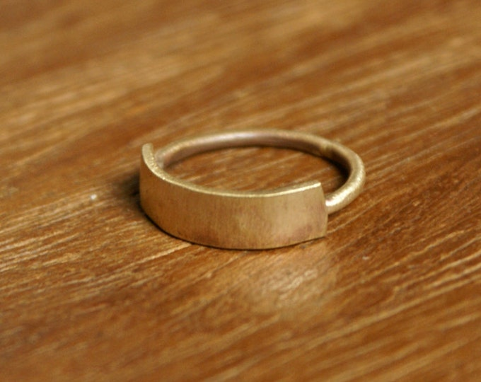 Banner Ring in Brass