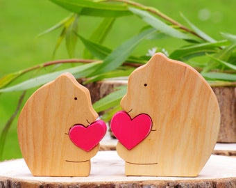 Wooden bear figurine, Mothers day gift from kids, woodland cake topper, father son matching, brother sister, gift from baby boy, mama bear