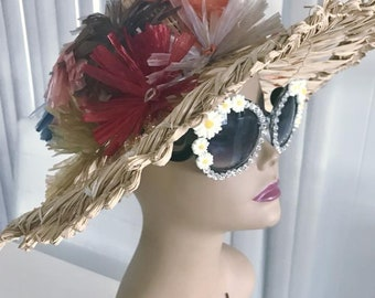 Fabulous and Outrageous Vintage Straw and Raffia Sunhat -- Resort -- Tiki -- Mid Century
