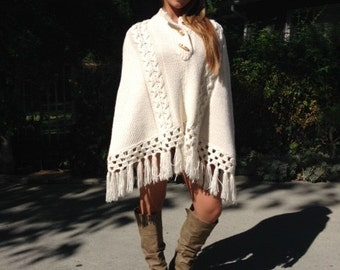 Lost Diana Poncho top, Knit Poncho,Boho poncho, Wood Buttons, Fringed ,Cream,Off White, M,medium,Large