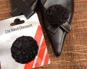 1 purchased = 1 free black satin flower shoe Clips