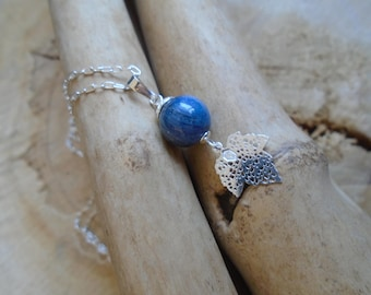 Sterling Silver and kyanite necklace / spring leaves