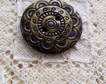 Gold ornate polymer clay button, handmade button, unique button, round button, sewing, knitting, scrapbooking, card making, 40mm button