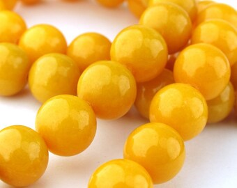 12pcs of 10.5mm Yellow Mountain Jade Round Beads