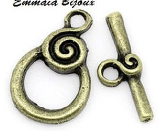 10 Toggle clasps in antique bronze 18x11mm