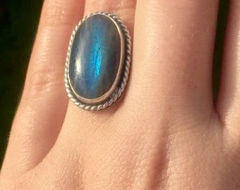 Gorgeous labradorite ring size L 1/2