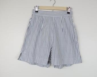 Vintage 1960s Blue White Ticking High Waist Shorts - Waist 26 (B6)
