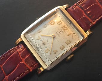 Carson Pirie Scott, Felca Swiss Vintage Men's Wrist Watch, 17 Jewels, Rectangular Case, 10K Gold Filled Working Great, Rare
