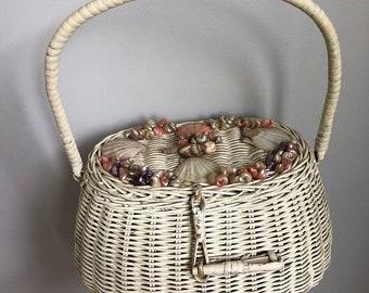 Vintage 1950's Wicker Seashells Shells Basket Purse