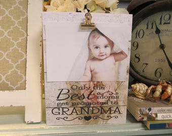 """Wood Picture Frame, """"Only the Best Moms get Promoted to Grandma"""", Photo Frame, Grandma Picture frame"""