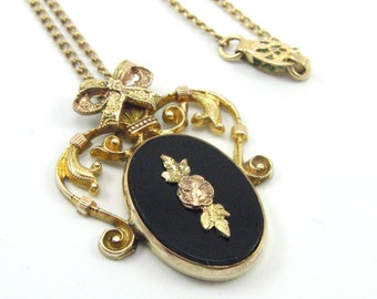Vintage Onyx Necklace/Ornate 12K Gold Filled Onyx Necklace/Victorian Style Onyx Necklace/1940's/1950's Necklace/Vintage Bow Design Necklace