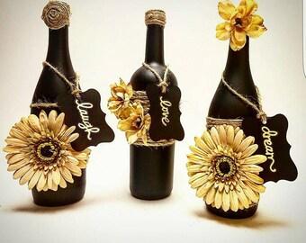 Laugh-Love-Dream wine bottle set
