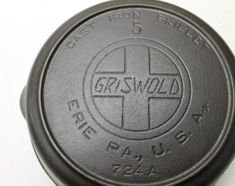 Griswold #5 Cast Iron Pan
