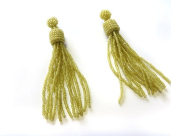 Tassel earrings beaded / Green Jade Bead Tassel earrings / Long statement earrings / Beadwork Jewellery Fringe earrings for her