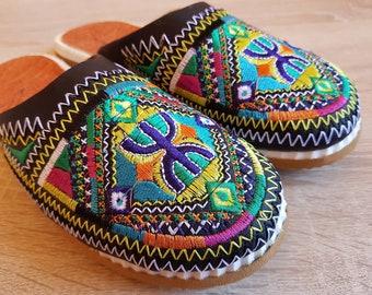 Moroccan Berber black of Tafraoute women's slippers